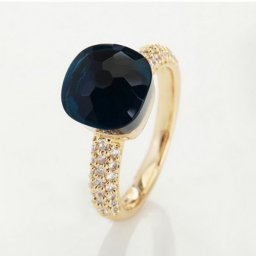 fake pomellato nudo ring in yellow gold with blue quortz and diamonds